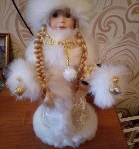 Форфоровая снегурочка