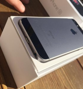 iPhone 5 SE 64 GB Space Gray