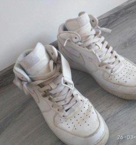 Продаю Nike Air Force