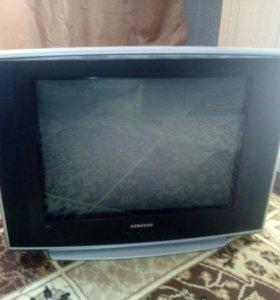 Телевизор не рабочий.