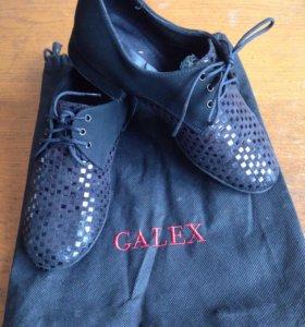 Обувь детская для танцев