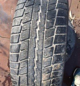Dunlop 215/60/r16