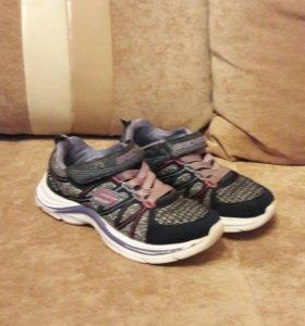 Крассовки и ботинки