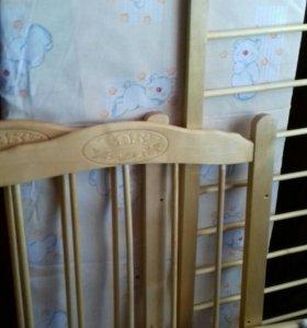 Детская кроватка + матрас съемный чехол новое