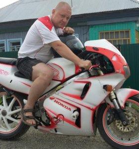 Мотоцикл Honda RVF400 1996 г.в.
