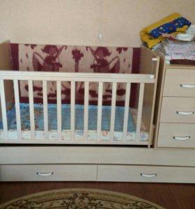 Детская кроватка- трансформер.