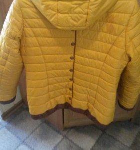 Куртка весеннея женская