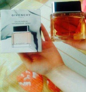 """Женский Parfums """"GIVENCHY"""""""