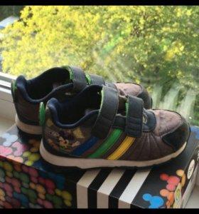 Кроссовки детские Adidas Disney р 27 10 17 см