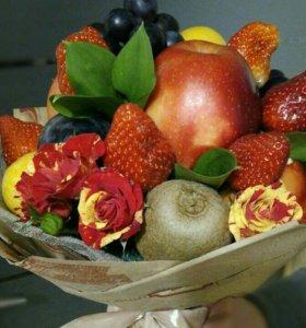 Букеты из фруктов, вкусные чайные композиции