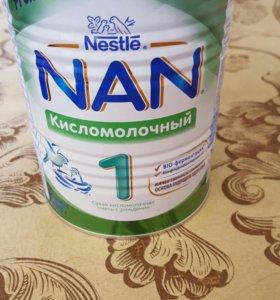 Смесь Нан, банка закрыта, сроки до августа 2017