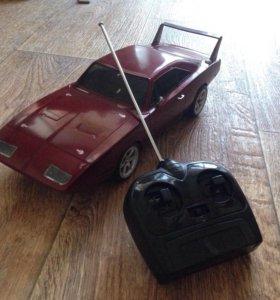 Машинка на радиоуправлении