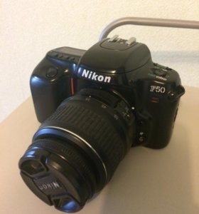 Зеркалка Nikon