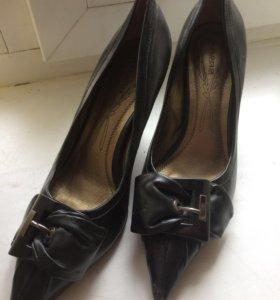Новые туфли р.39