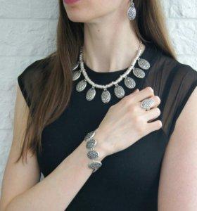 Набор: колье, браслет, кольцо, серьги