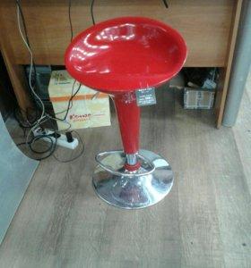Барные стулья бомба на газ лифте
