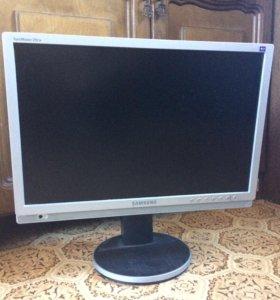 Монитор Samsung 215TW 16:10