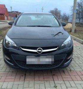 Opel Astra 1,4 AT 2013