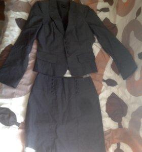 Костюм (юбка и пиджак)