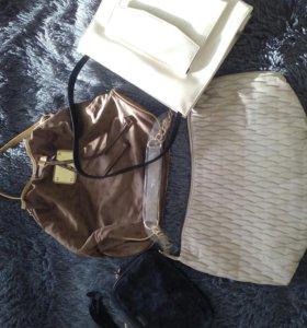 Сумки новые в упаковке бежевая клатч черная