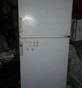 Холодильник Бирюса на запчасти