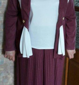 Женский костюм р 50-52
