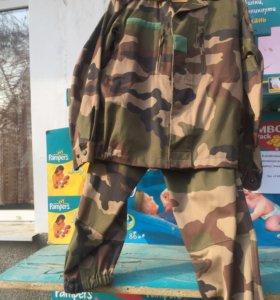 Камуфляжный костюм