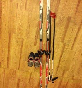 Лыжи и ботинки размер 37
