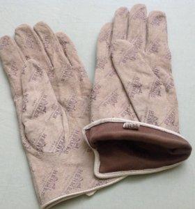 Перчатки фирменные