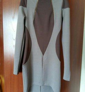 Платье 42 р-ра