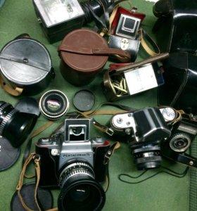 Комплект ретро-фототехники Pentacon Six TL