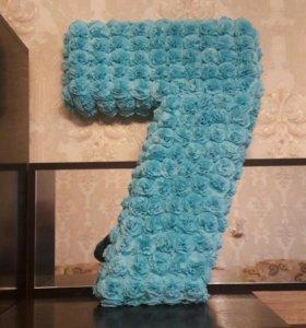 Цифра 7 к дню рождения