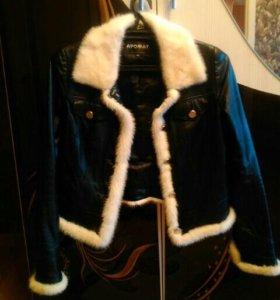 Куртка кожаная с белой норкой