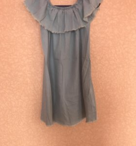 Платье  Bershka с открытыми плечами