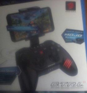 Mad katz геймпад для смартфона