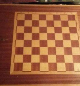 Журнальный шахматный стол