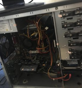 Компьютер и монитор 22'