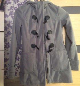 Пальто весеннее новое