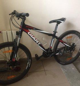 Велосипед-Giant