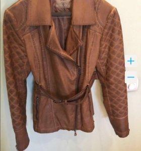 Куртка GUESS новая