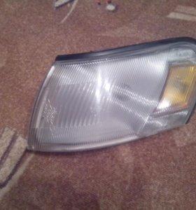 Габарит левый Corolla 100