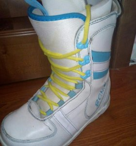 Сноубордические ботинки 38 размер