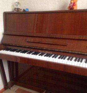 """Пианино""""Чайковский"""""""