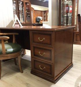 Кресло классическое кожаное для кабинета