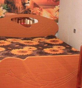 Кровать двухспальная с ортопедическим матрассом