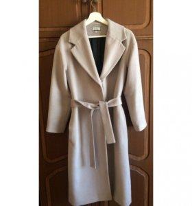 Шерстяное серое пальто халат soeasy
