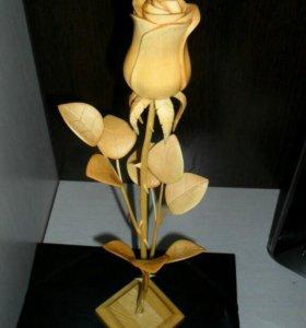 Цветы из кедра