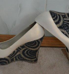 Стильные туфли Berkonty