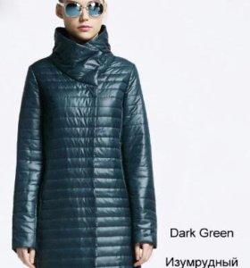 Пальто на тонком синтепоне.