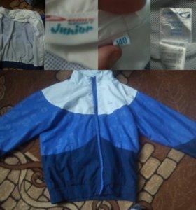Фирменная детская кофта, одета пару раз